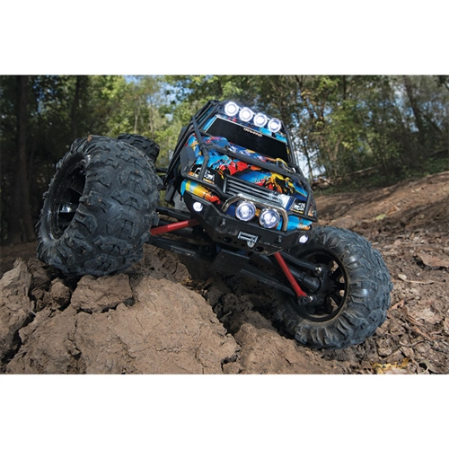 Traxxas 1/16 Summit 4WD Brushed RTR Monster Truck