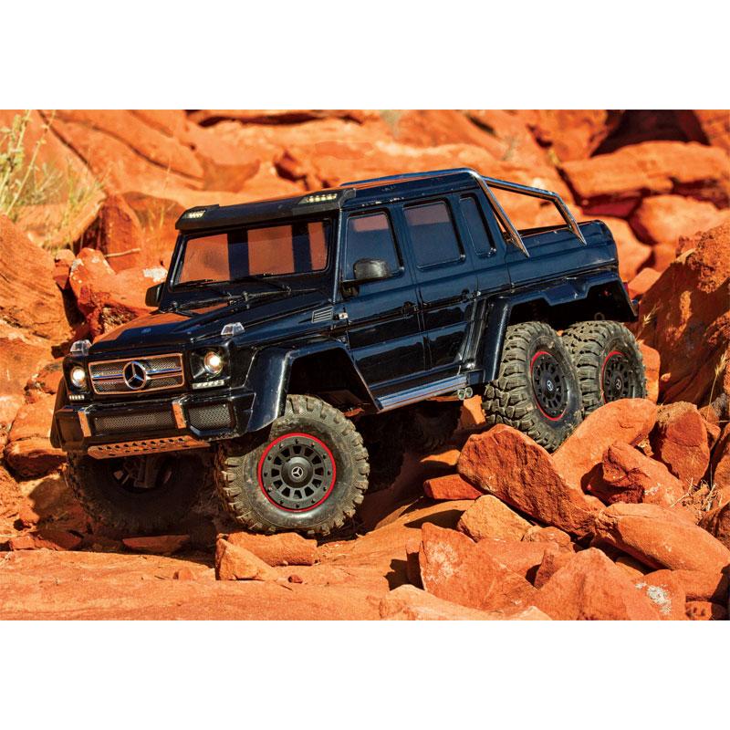 Traxxas TRX-6 Mercedes-Benz G63 6x6 Scaling Over Rocks