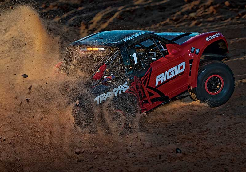Traxxas Unlimited Desert Racer UDR 4WD Off-Road RC Truck with LED Lights (85086-4)