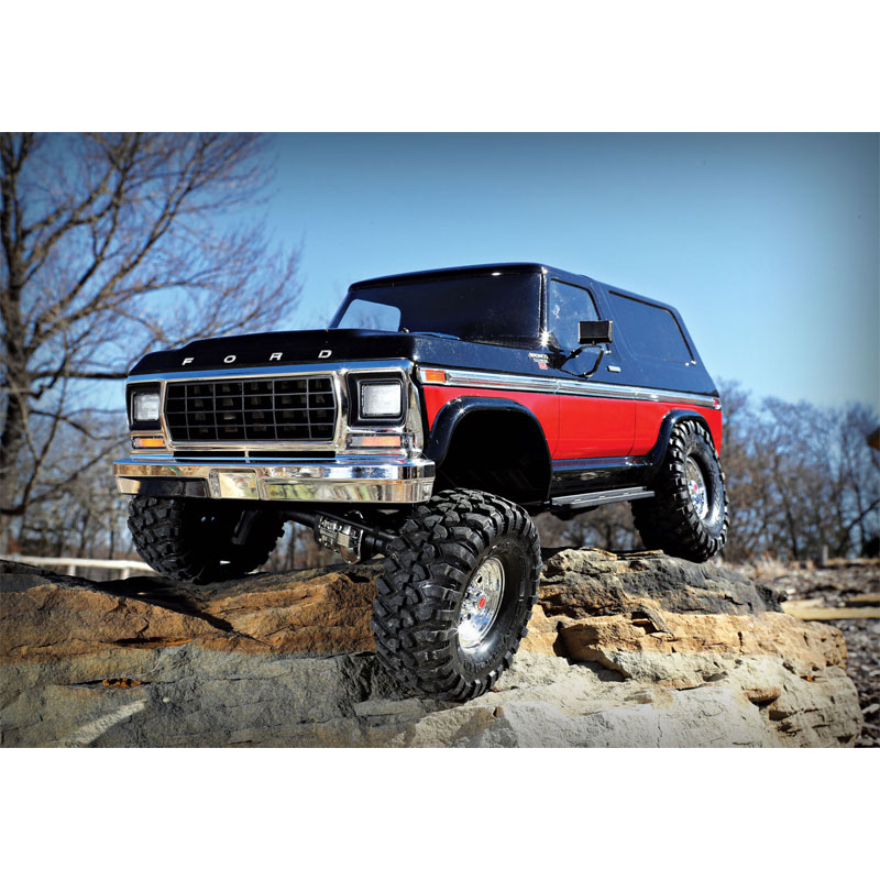 Traxxas TRX-4 Ford Bronco RC 4x4 Rock Crawler RTR with 3S LiPo Battery & Charger COMBO (82046-4)