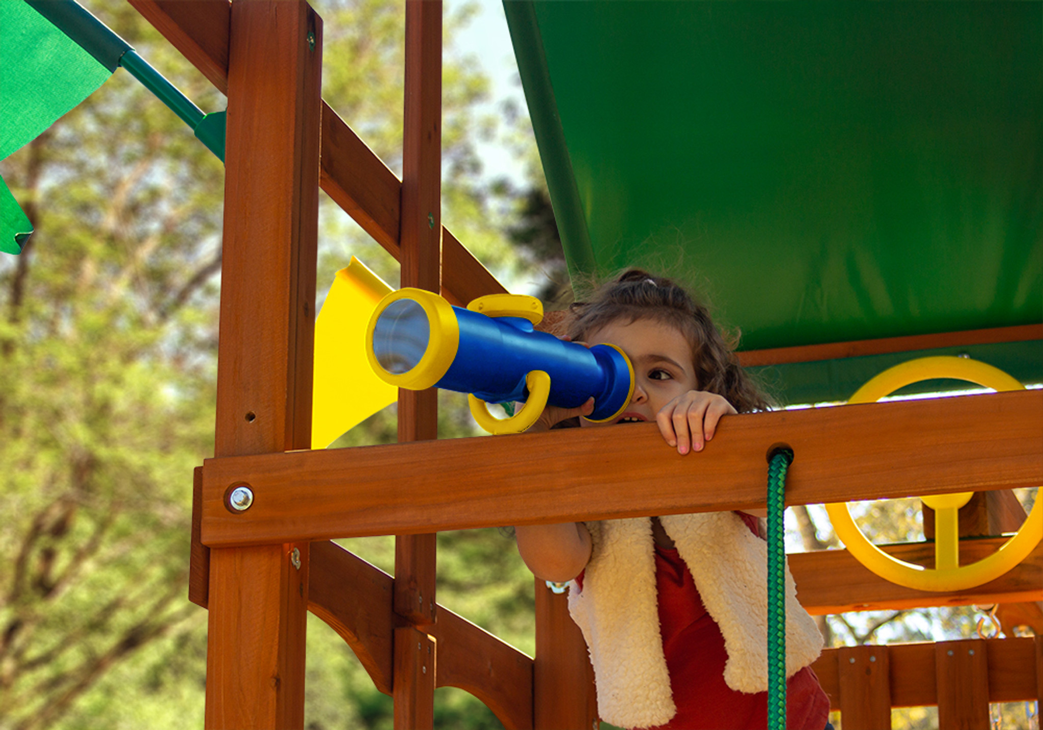 Lots of fun straight ahead with the Telescope with Compass from PlayNation Play Systems.