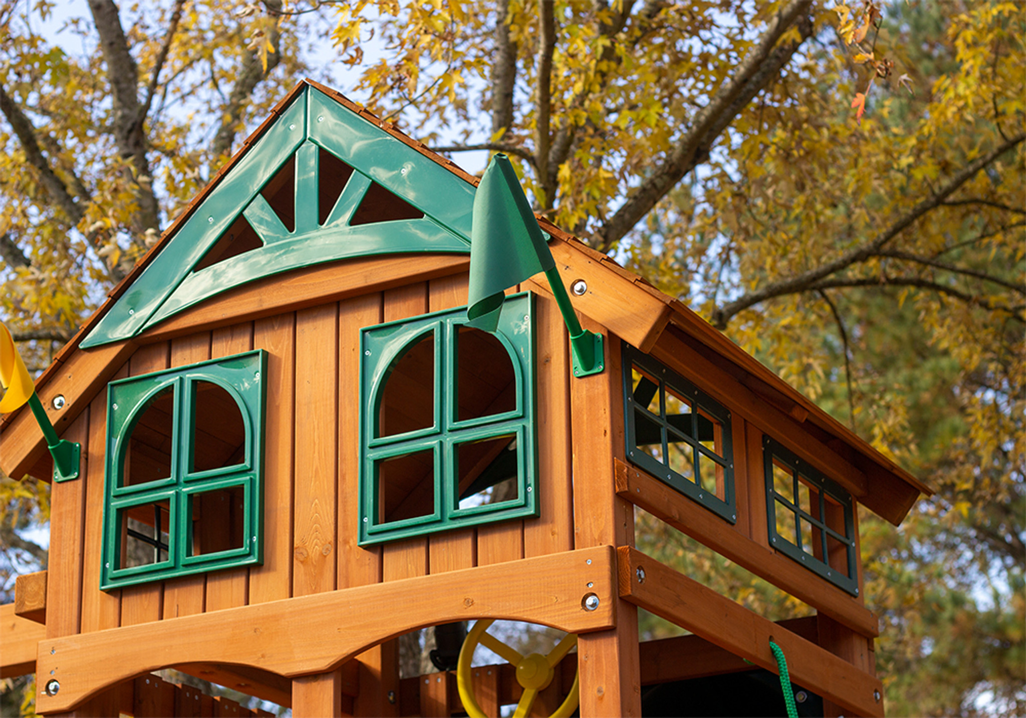 Close up of Outing Standard Wood Roof from PlayNation
