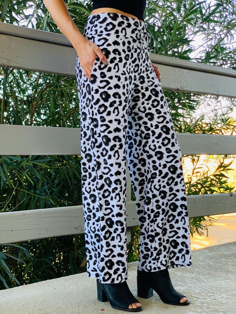 Pajama Pants/ Lounge Pants - Snow Leopard w/ Pockets