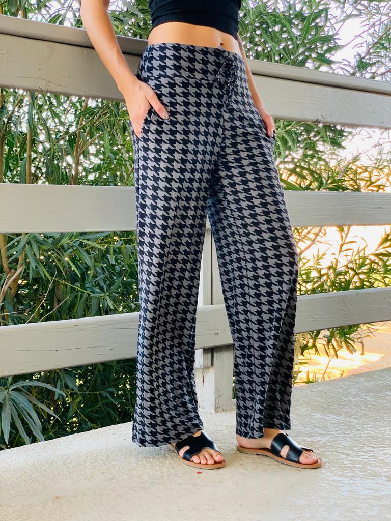 Pajama Pants/ Lounge Pants - Houndstooth w/ Pockets