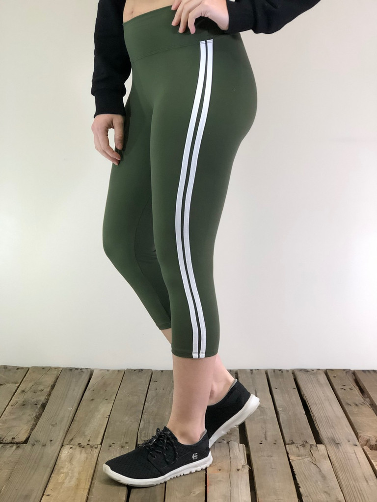 One Size Capri- Solid Yoga Waist Band With White Stripes