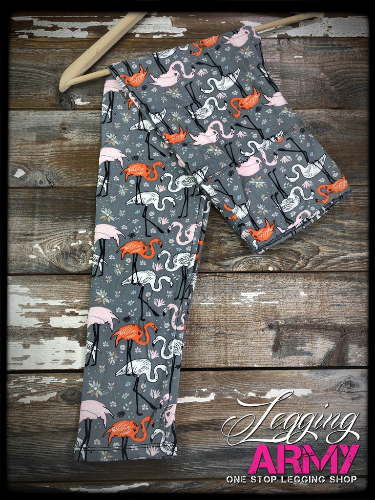 "Yoga 5"" Waistband- (Plus Size): Flamingo Mingle"