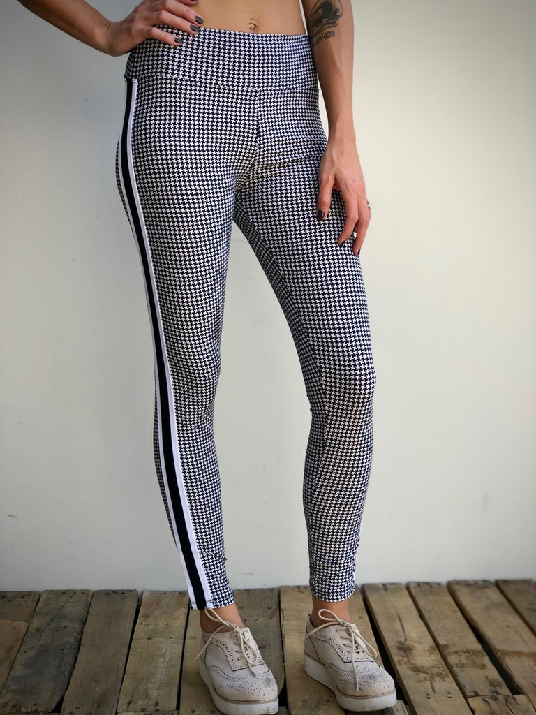 Yoga Waistband- Criss Cross With Stripes