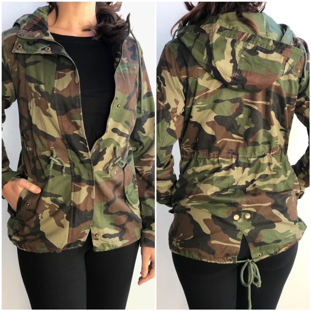 Hooded Camouflage Anorak Jacket