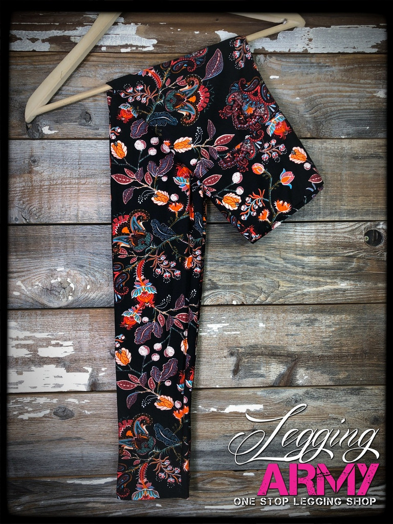 """Yoga 5"""" Waistband- (Plus Size): Elegant Embroideries"""