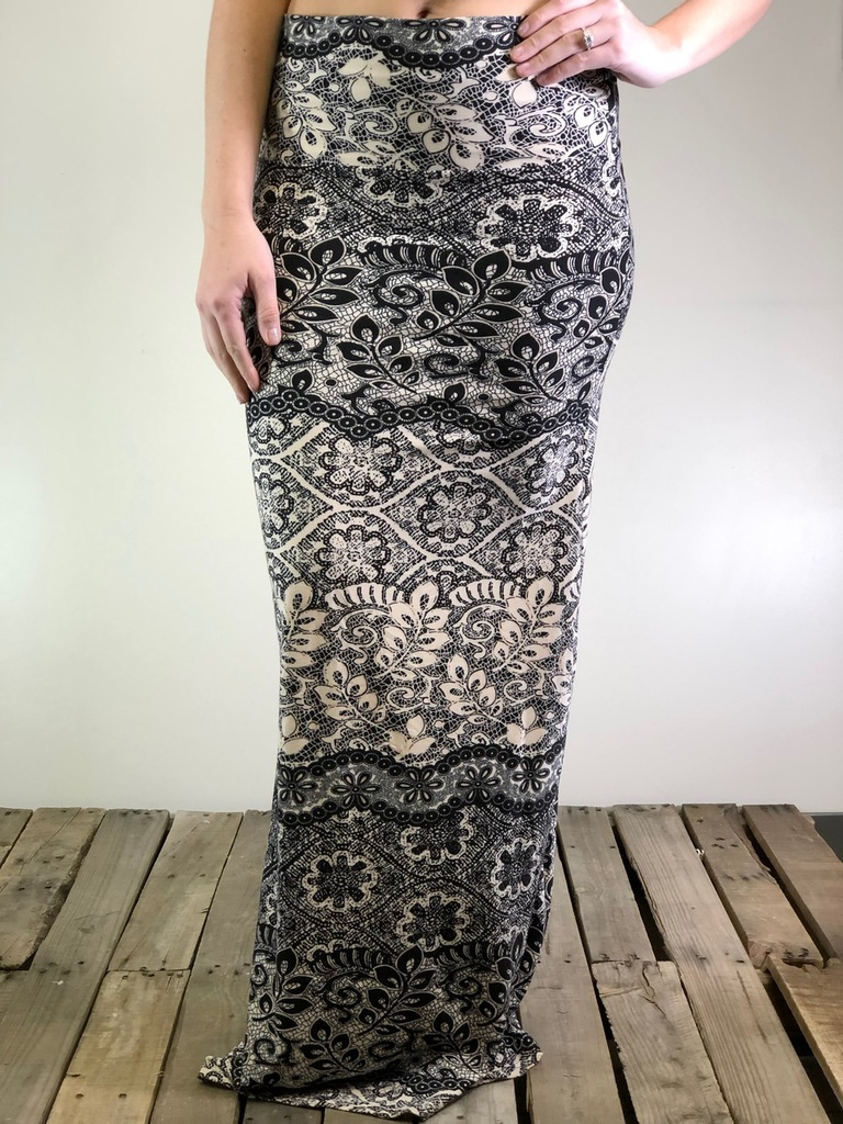 One Size Maxi- Laced In Pink