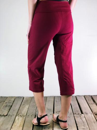 Yoga Capri Pants- Cabernet