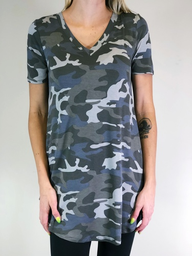 Short Sleeve V-neck- Camouflage