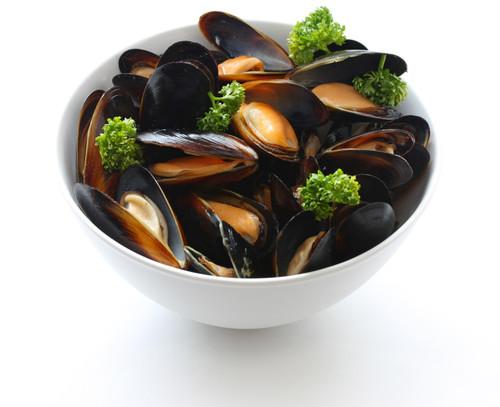 Fresh Live Mussels (2 Lb. Bag)
