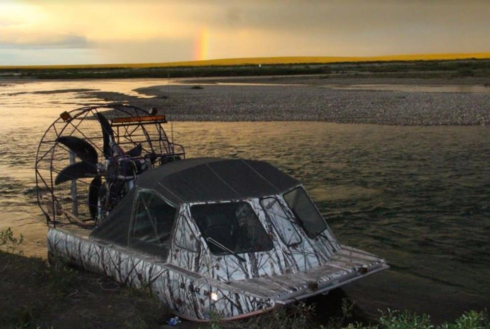 Hunting Alaska caribou
