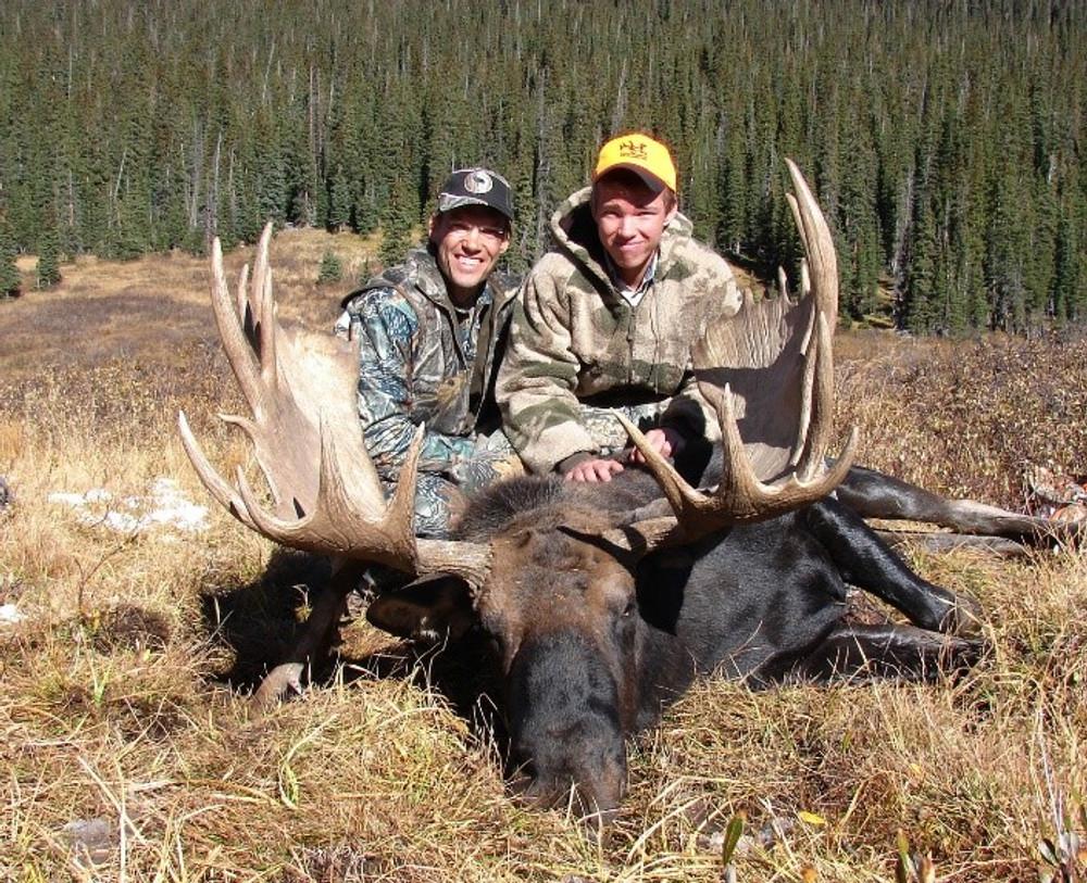 Happy moose hunters.