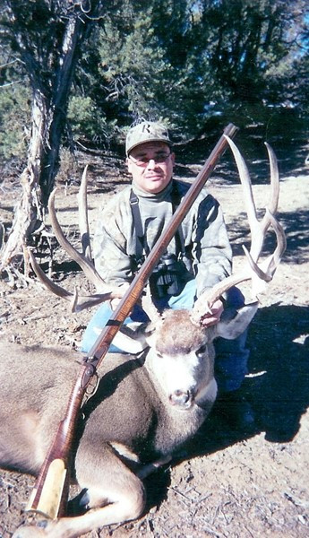 Primitive weapon smoke pole hunting mule deer.