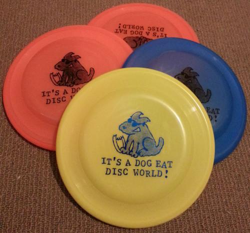 Chomper Standard - Dog Eat Disc Stamp - Dog / Catch Frisbee