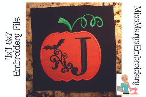 Swirl Bat Pumpkin Embroidery Font