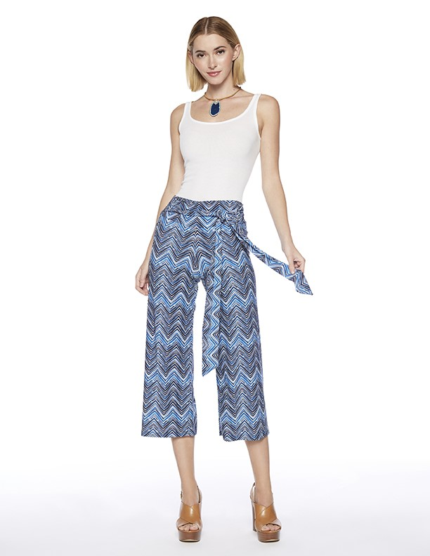 Lawyer Cropped Pants in Mum Print