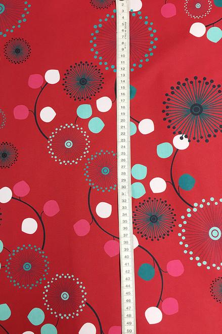 Cotton twill | pinwheel red $40/mt - $10/quarter mt