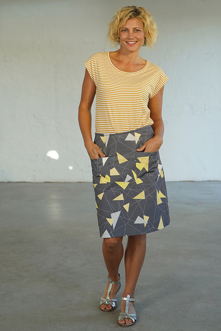 Full length front view with Bobby Top yellow/white stripe