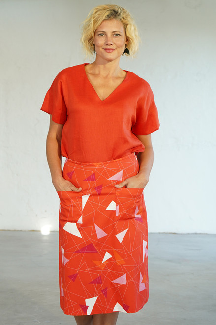 Front view with Elle Top Coral tucked