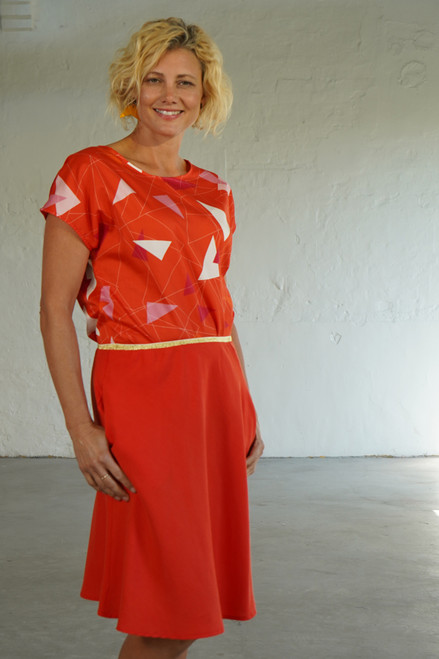 Semi front view with Tilly Top Teki Coral