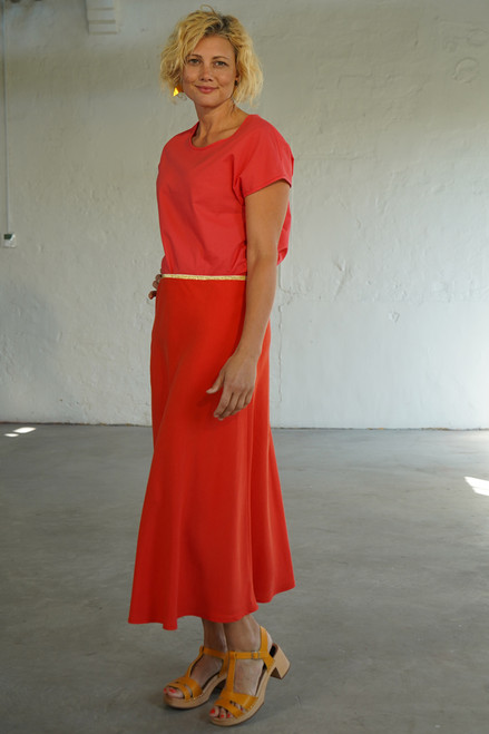 Side view with Elle Top Coral