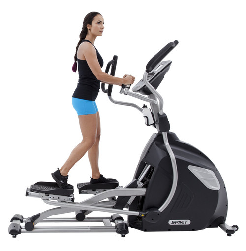 Spirit Fitness XE895 Elliptical (Light Commercial)