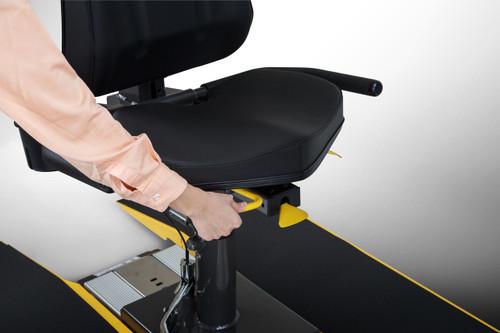 UB521M ADJUSTABLE SWIVELING SEAT