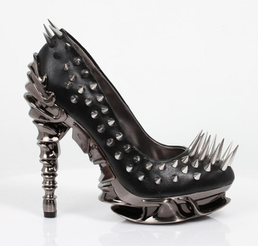ZETTA Dangerous Pump with Spikes by Hades Shoes