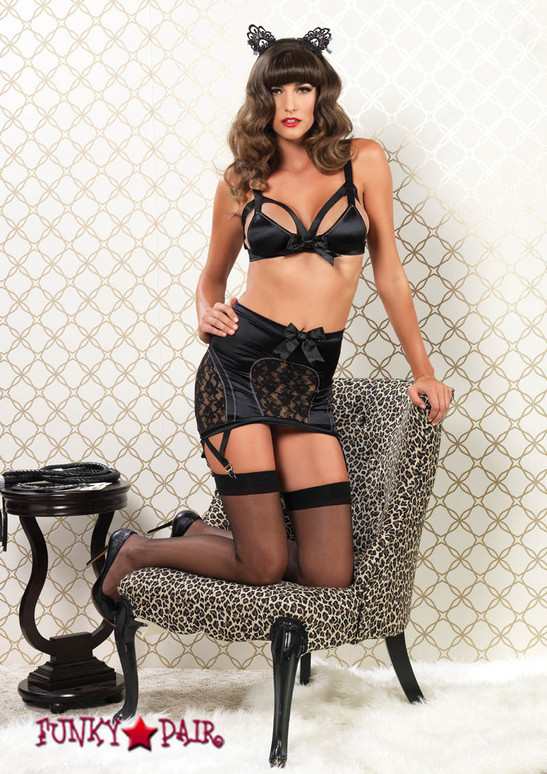 81465, Cag Strap Bra and Garter Skirt