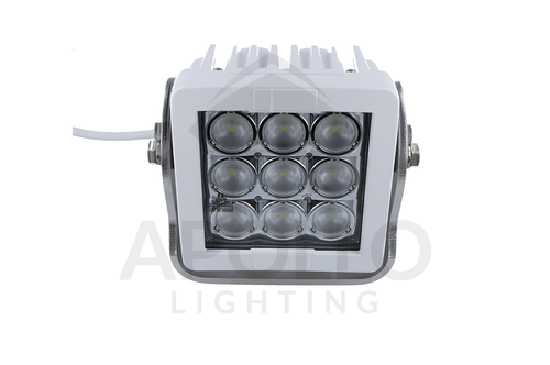 Offshore 9 Spreader Light