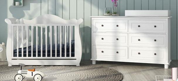 Brand new Addyson baby cot with Beata change table package