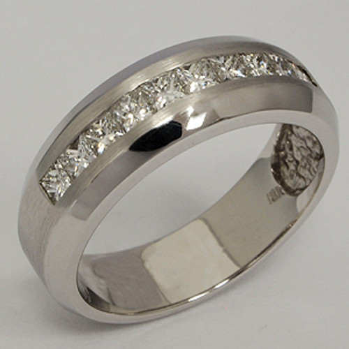 Men's Diamond Wedding Band diawb201