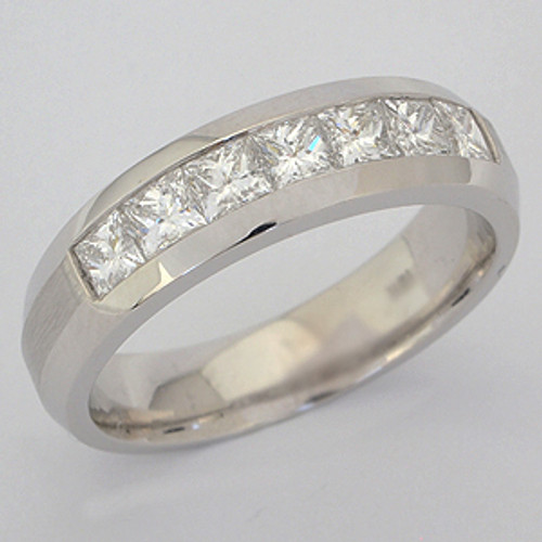 Men's Diamond Wedding Band diawb131