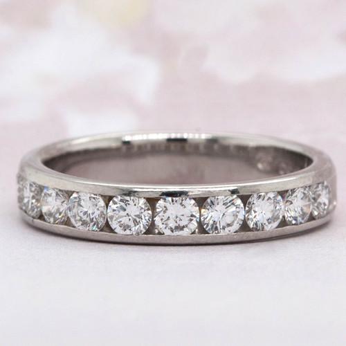 Round Brilliant Cut Diamond Wedding Band
