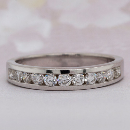 Round Brilliant Cut Diamond Wedding Band