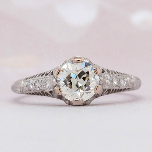 Antique design Engagement Ring