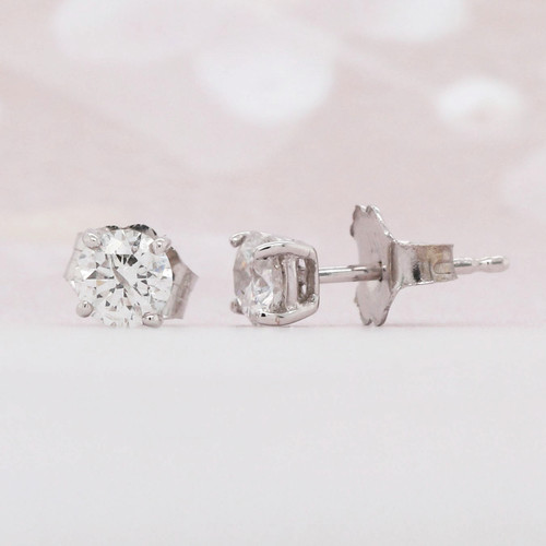 Diamond Solitaire Earring