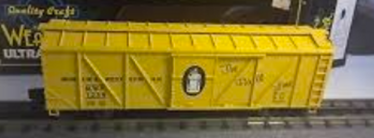 Crown (Weaver) Muncie nd Western outside braced (wood) box car, 3 rail or 2 rail