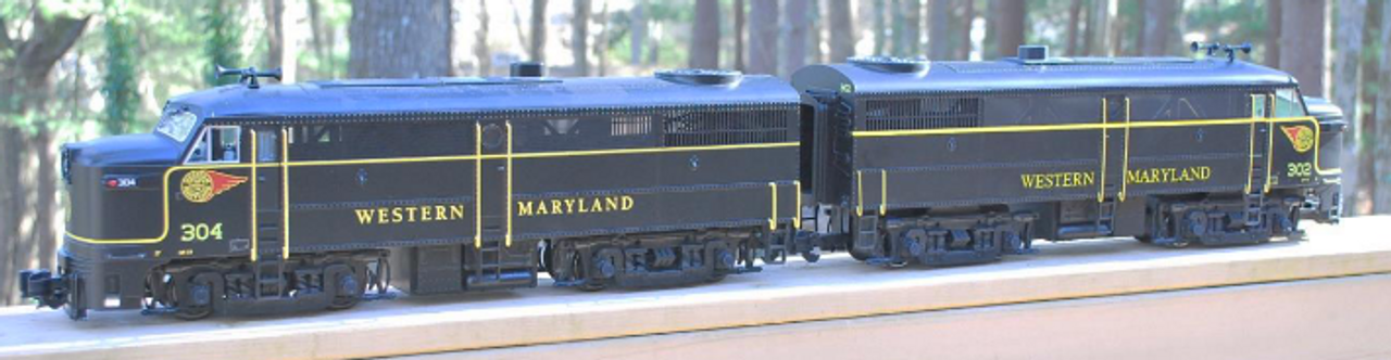 Williams Western Maryland FA diesels, A-A set , 3 rail, conventional operation