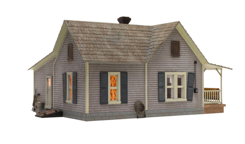 Woodland Scenics O gauge Old Homestead ..super detailed building