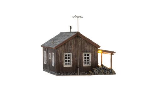 Woodland Scenics O gauge Rustic Cabin ..super detailed building