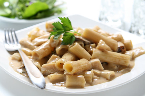 Vegan Eats Pasta Alfredo with Mushrooms and Port - 6 pack -Fresh, healthy, delicious, ready-made vegan meals shipped to you