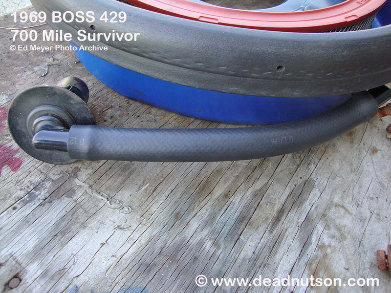 1969-70 BOSS 429 LH Breather Cap to Air Cleaner Hose   date coded