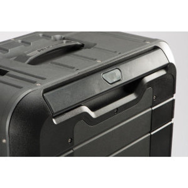 Pelican Elite Vacationer Luggage with Travel System Image
