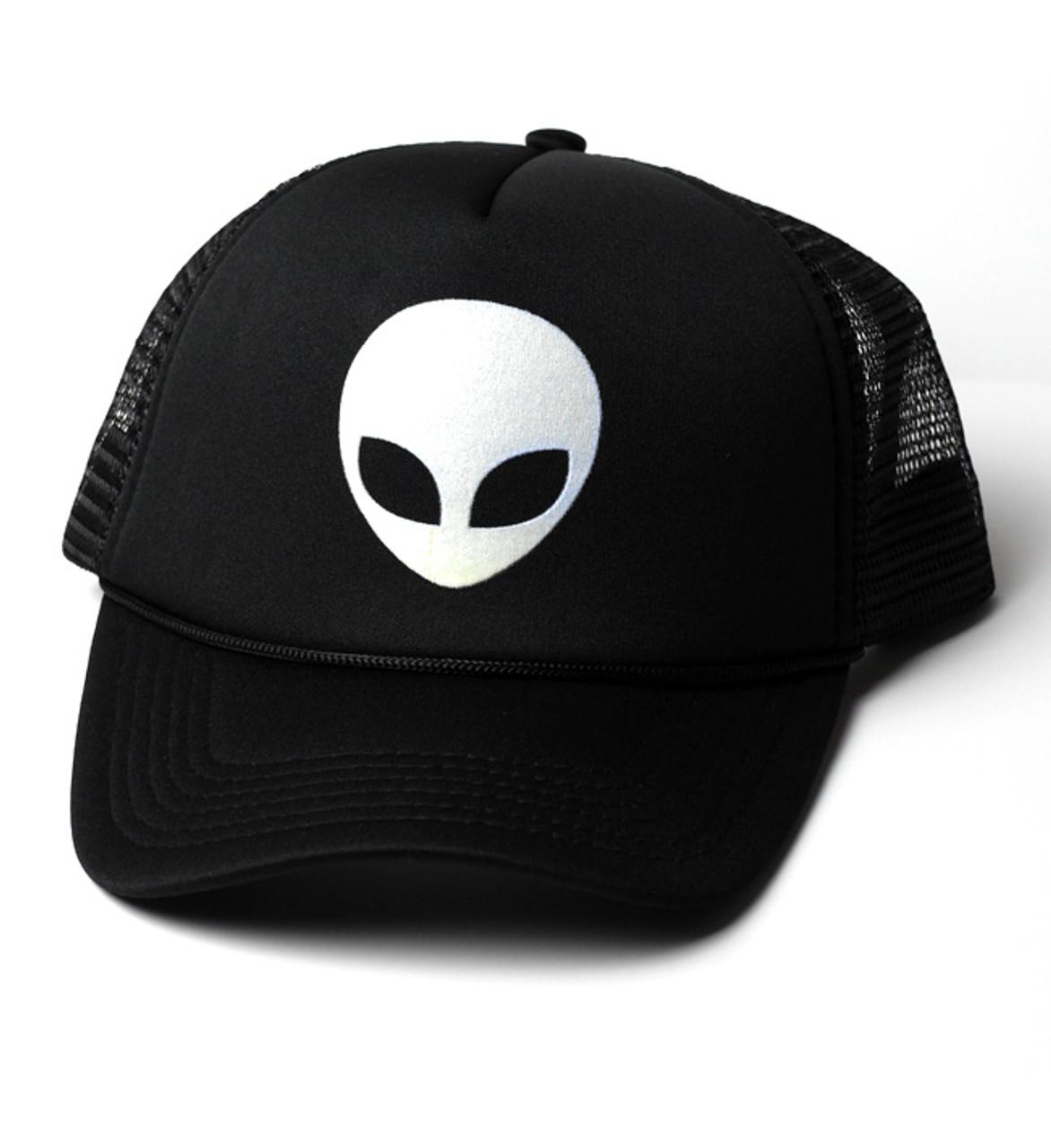 64d8dd567 Glow-in-the-dark Alien Trucker-stye Baseball Hat