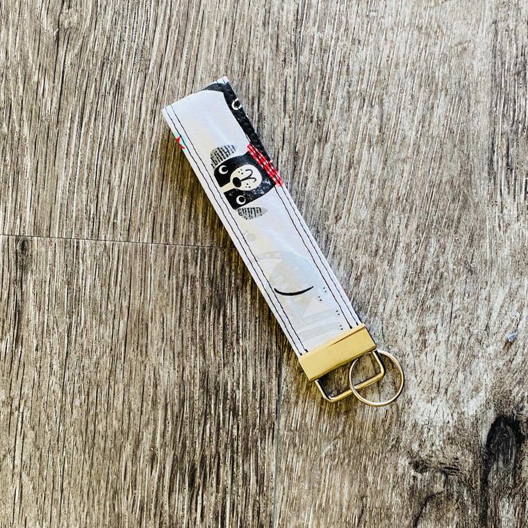 Bow Wow - Spy a Pup Keychain