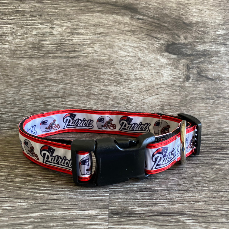 Collar - Paws on Green - New England Patriots